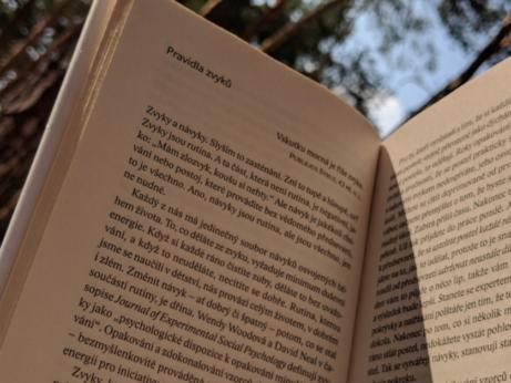 Knihy do seberozvoje, které doporučuju